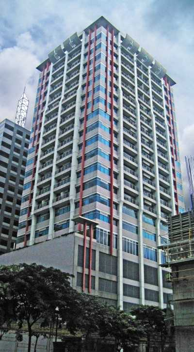 The Luxe Residences 801 For Rent In Bonifacio Global